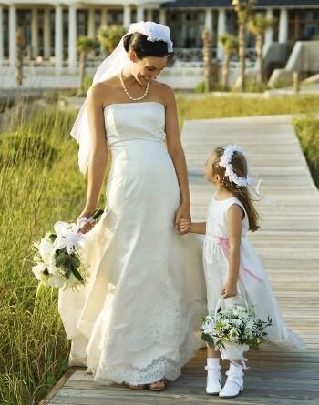 Blumenkinder auf der hochzeit aufgaben tipps inspiration for Blumenkinder kleider berlin