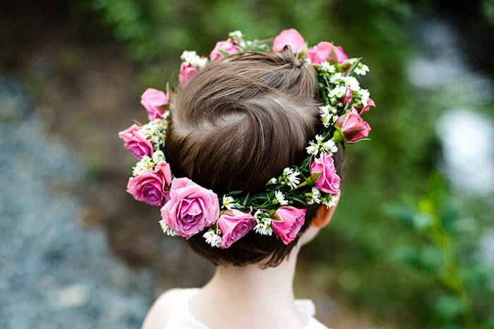 Blumenmädchen Frisur