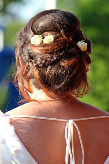 Brautfrisur mit Haarteil
