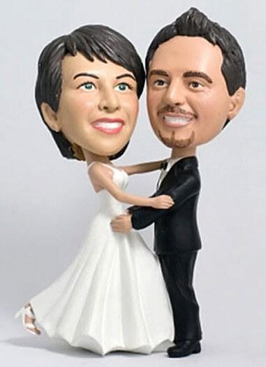 Individuelles Brautpaar für die Hochzeitstorte