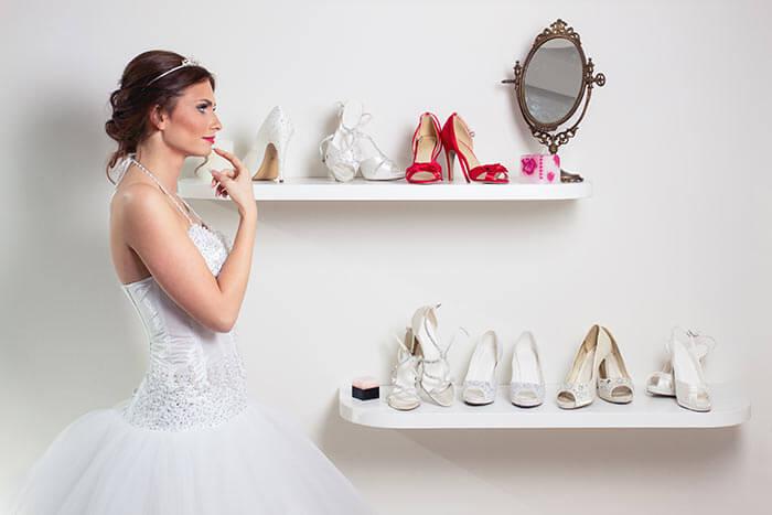 Brautschuhe Brautkleider Kauf