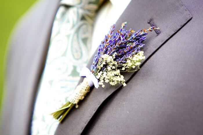 Hochzeit Lila Weiss Vom Brautstrauss Bis Zur Deko In Violett
