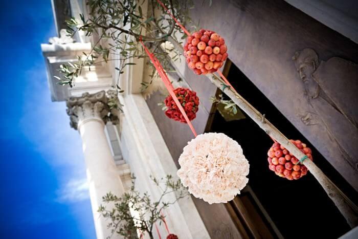 Kirchendeko Fur Die Hochzeit Mehr Zu Blumenschuck Co In Der Kirche