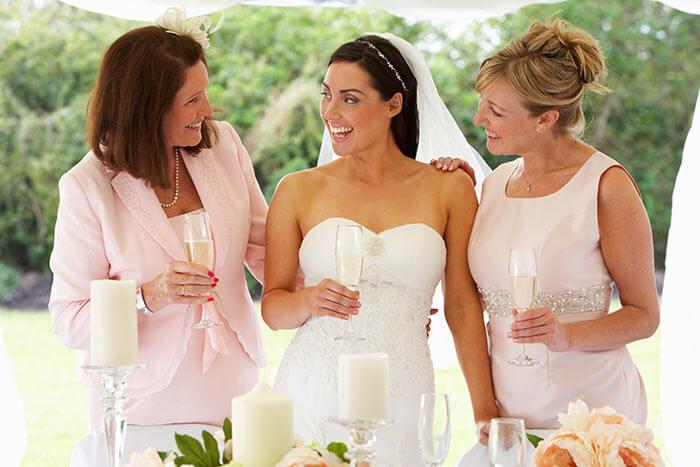 Kleider für Brautmutter