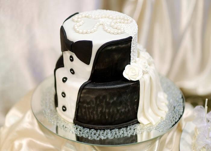 Lustige Hochzeitstorten