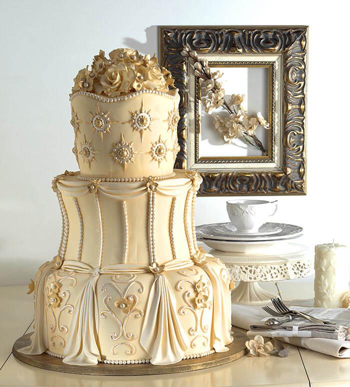 Deko Ideen Fur Die Goldene Hochzeit Von Hochzeitstorte Bis Saaldeko