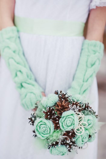 Winterhochzeit Brautstrauß Vintage