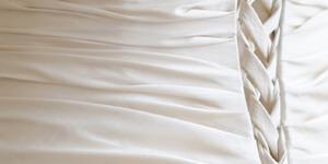 Brautkleider Frühlingstyp: Elfenbein