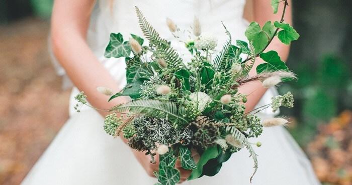 Brautstrauß Waldhochzeit