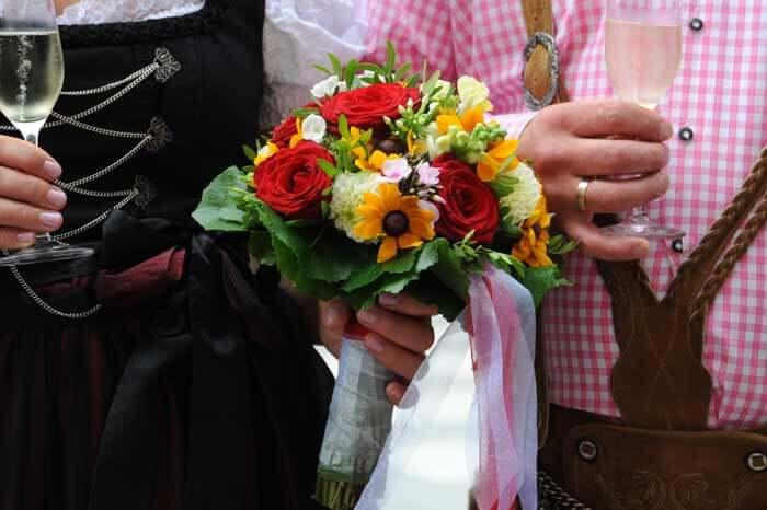 Brautstrauß Trachtenhochzeit
