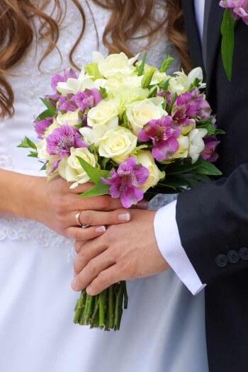 Brautstrauss Flieder Weiss Bildergalerie Hochzeitsportal24