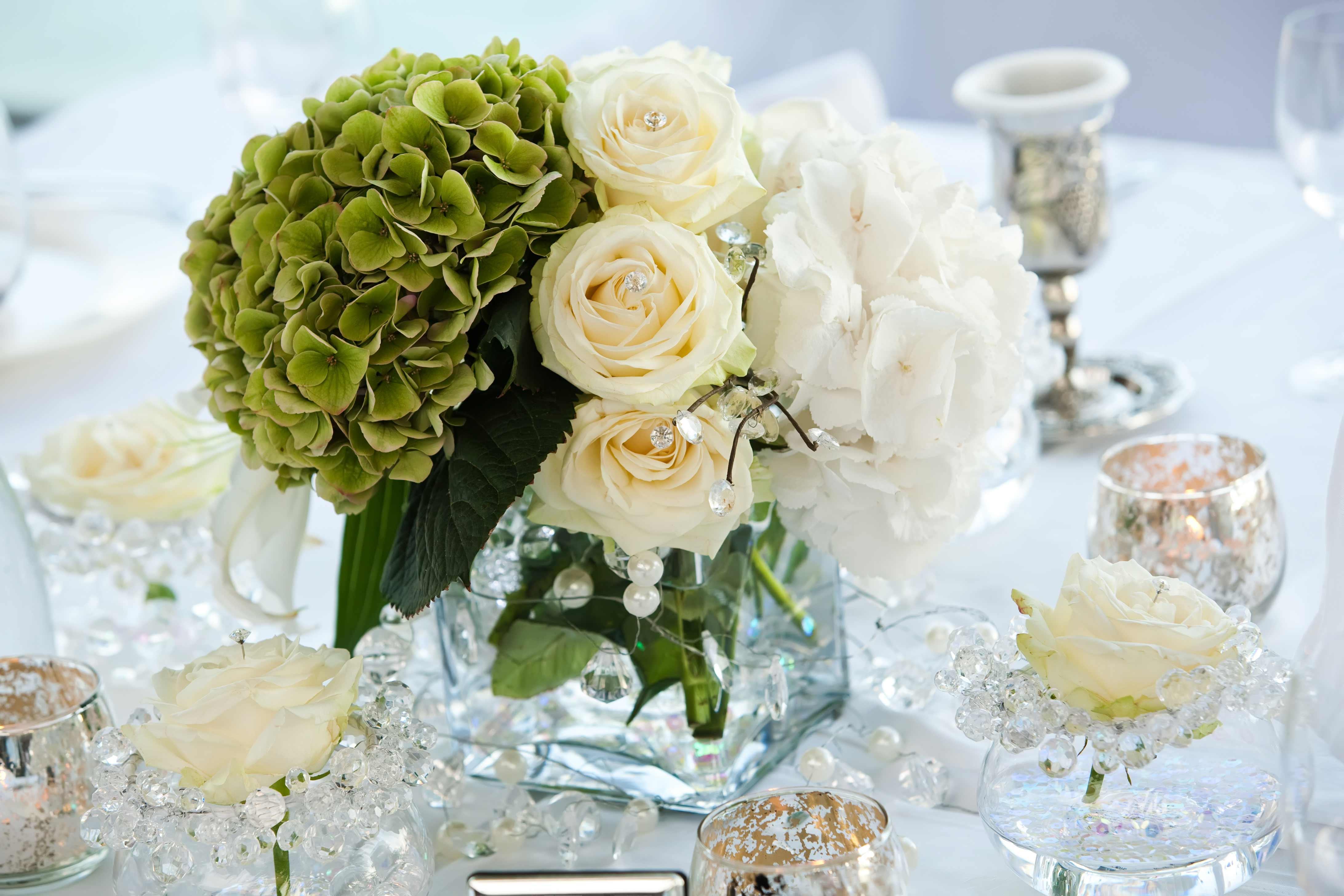 Tischdeko frühlingsblumen hochzeit  Blumen zur Hochzeit | Tipps, Ideen & Beispiele