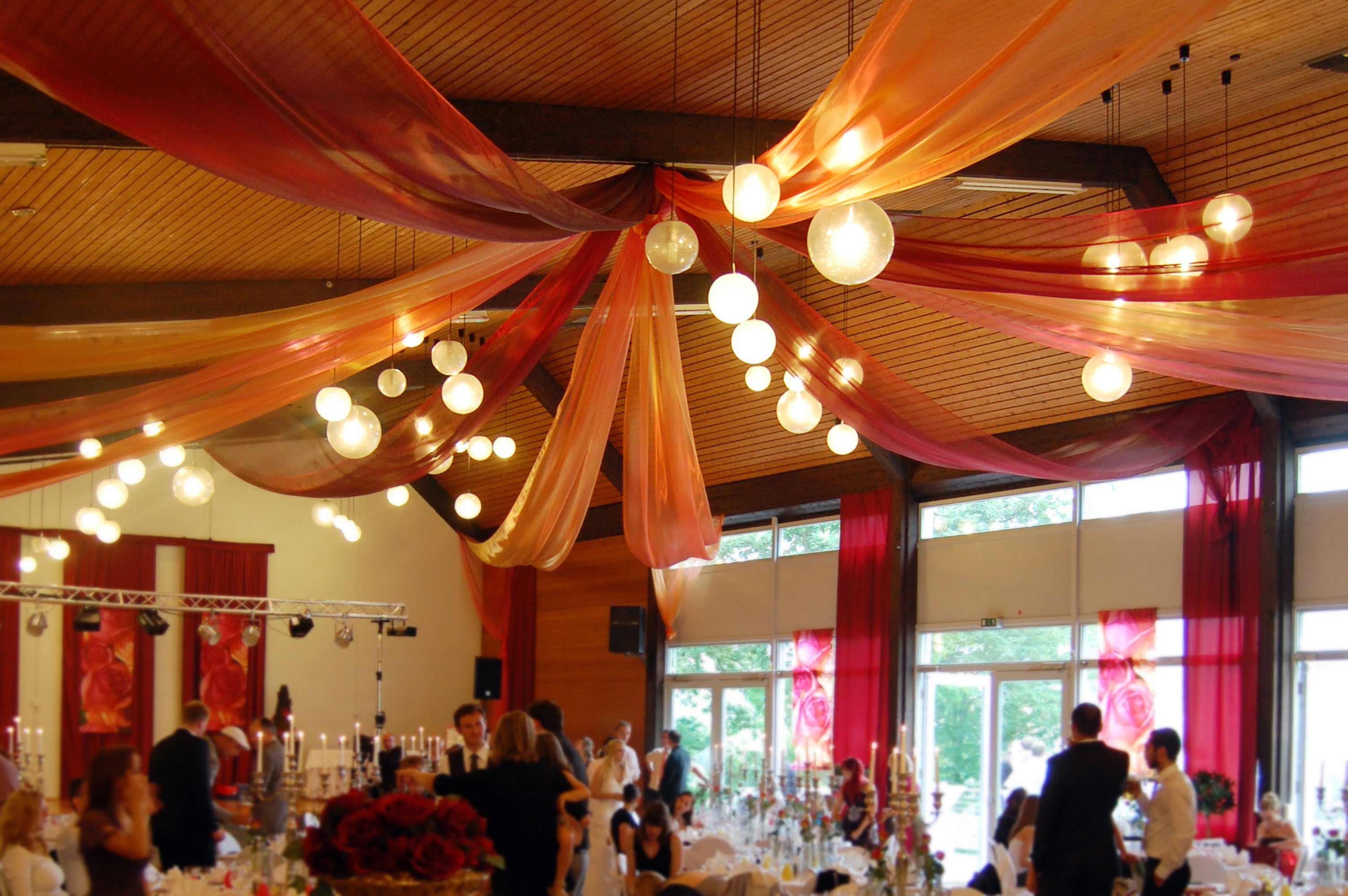 Hochzeitsdeko Saal Bildergalerie Hochzeitsportal24