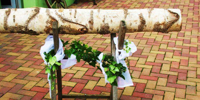 Hochzeitsspiel Baumstamm Sägen