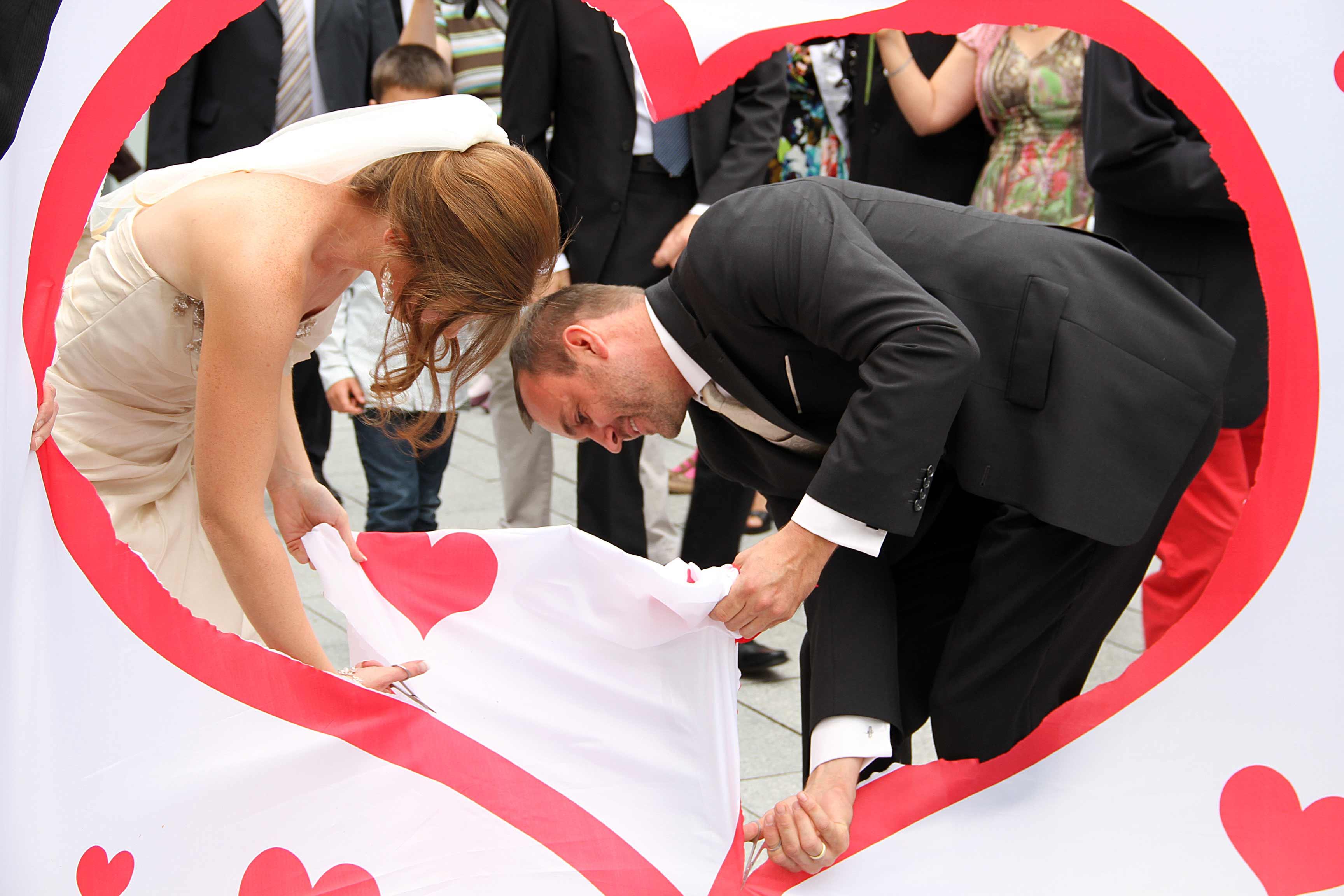 Leintuch Hochzeitsherz als Hochzeitsgeschenk