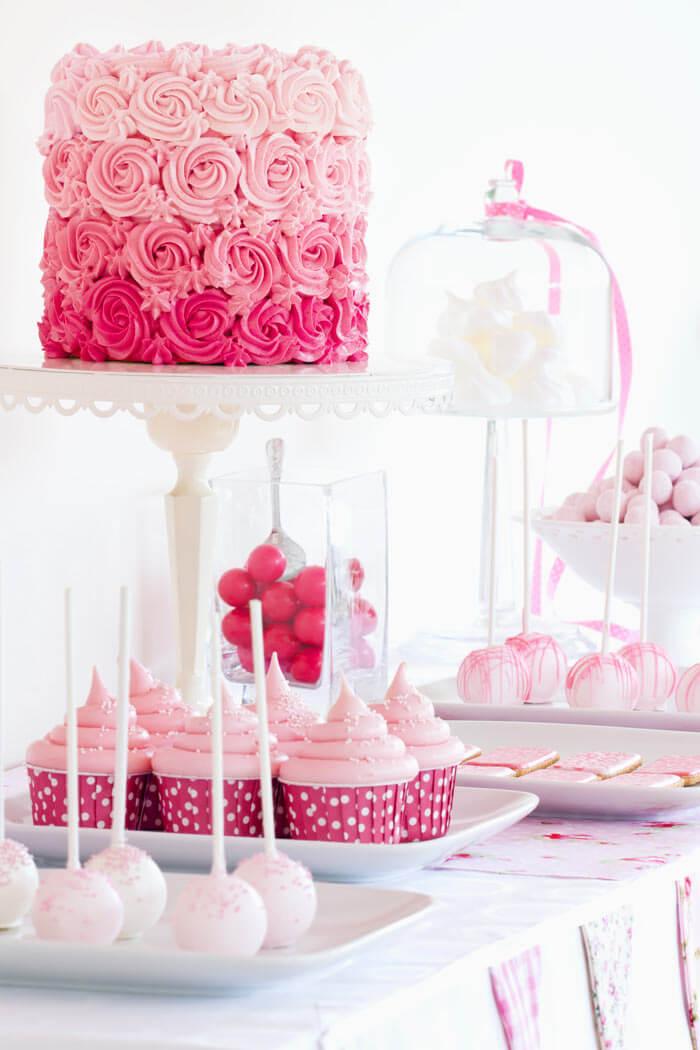 Petit Fours Hochzeit : candybar zur hochzeit tipps ideen hochzeitsportal24 ~ Orissabook.com Haus und Dekorationen