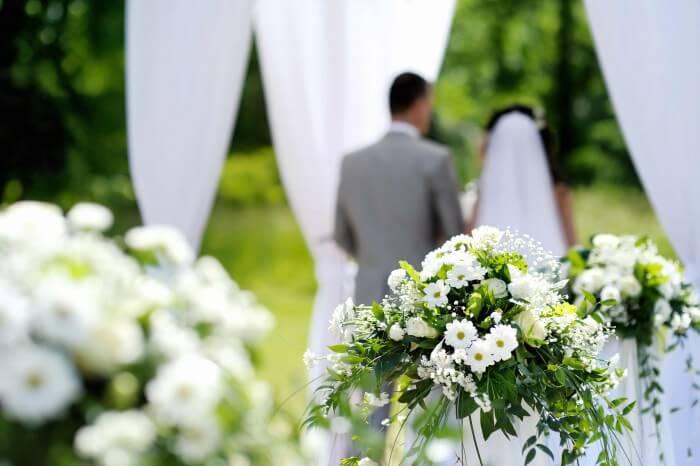 Trauung Im Freien Deko Bildergalerie Hochzeitsportal24