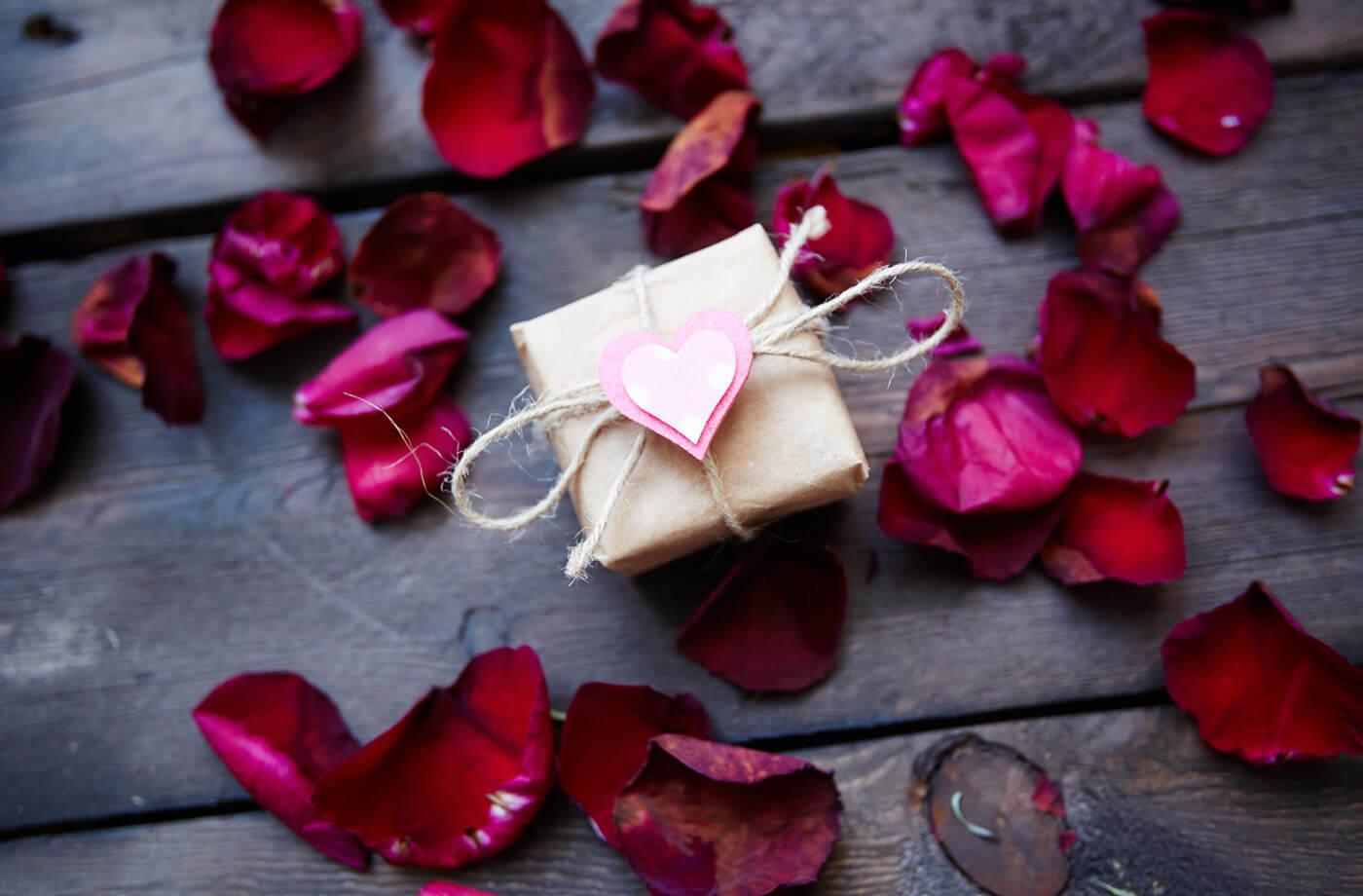 Geschenkideen 1 hochzeitstag frau
