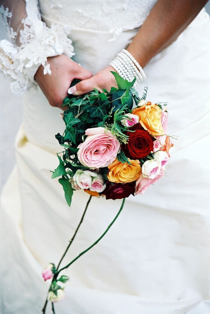 Brautstrauß Rosen bunt