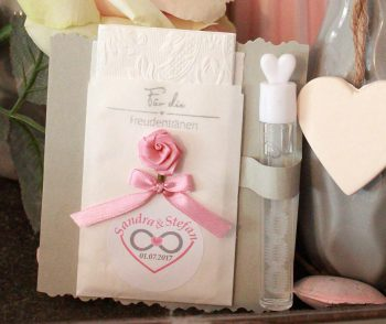 Freudentränentaschentücher basteln mit Seifenblasen