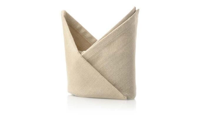 servietten falten f r die hochzeit top 10 ideen tipps. Black Bedroom Furniture Sets. Home Design Ideas