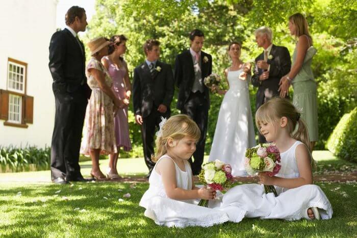 Hochzeit zu Hause im Garten