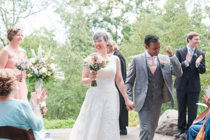 Hochzeitsanzug in grau