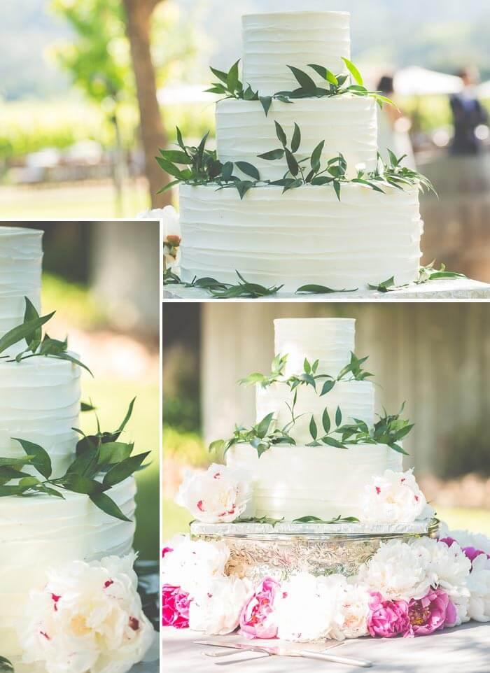 Hochzeitstorte mit Zweigen