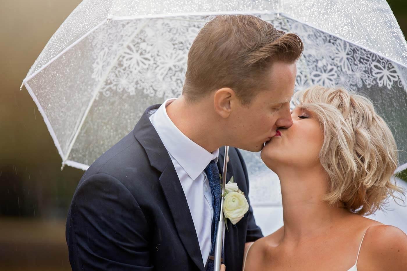 Regenschirm Hochzeit