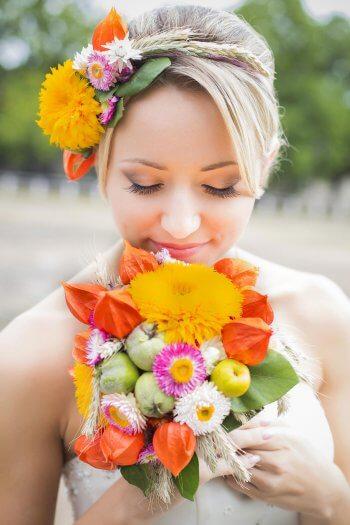 Brautfrisur Blumen Grosse Bildergalerie