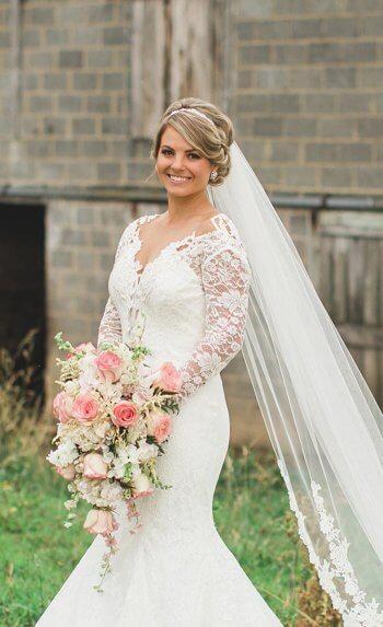 Brautfrisur mit langem Schleier