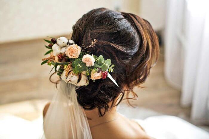 Brautfrisur Mit Blumen Und Schleier Viele Schone Beispiele In Der