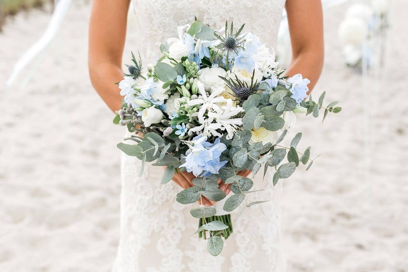 Brautstrauß Hellblau