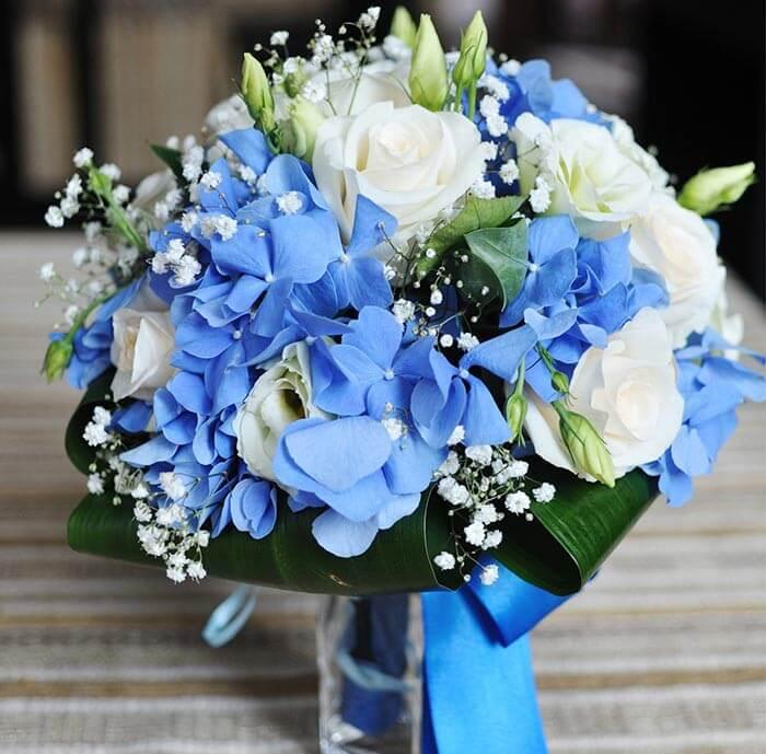 Brautstrauß Blau Weiß
