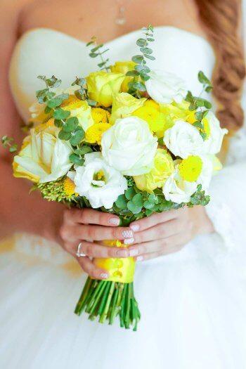 Brautstrauß gelb-grün