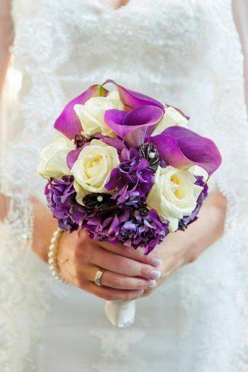 Brautstrauß lila-weiß