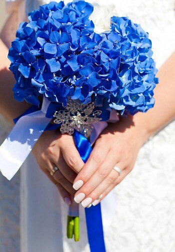 Brautstrauß mit Hortensien