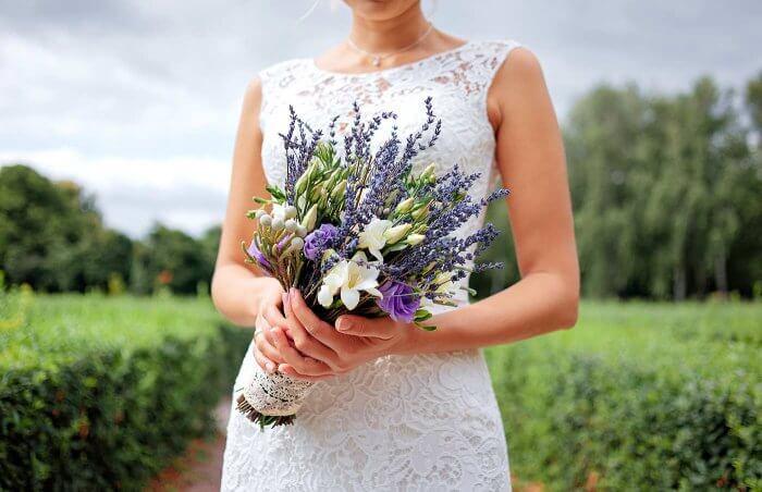 Brautstrauß mit Lavendel