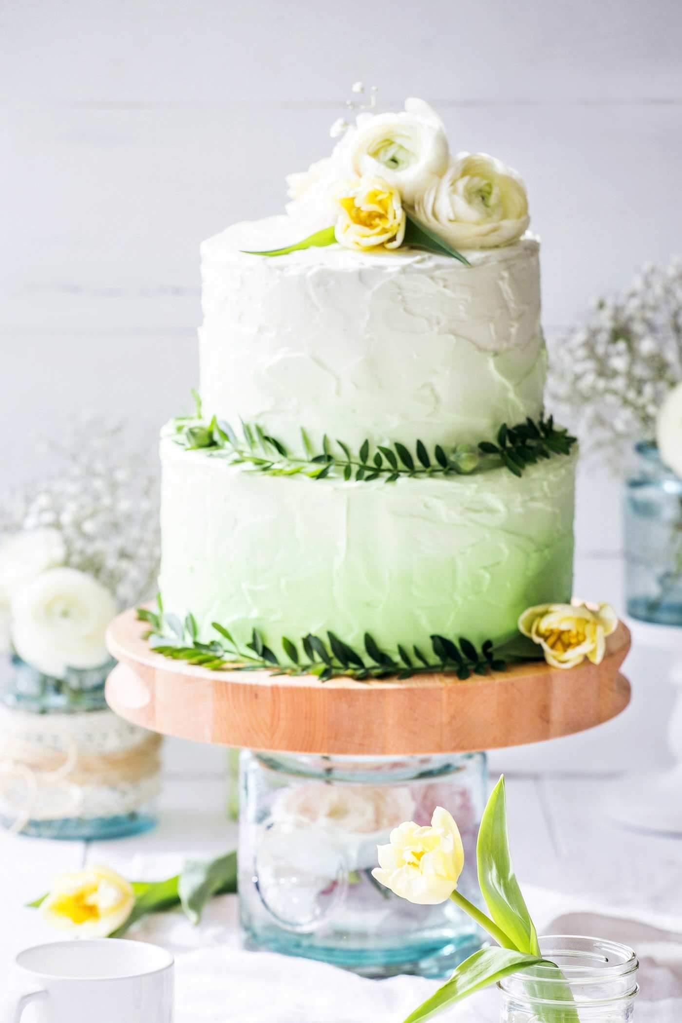 Grüne Hochzeitstorte