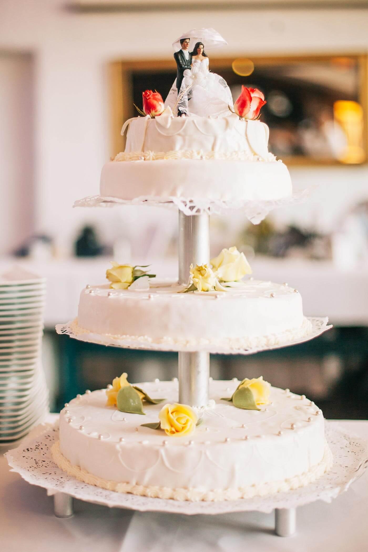 Hochzeitspaar Torte