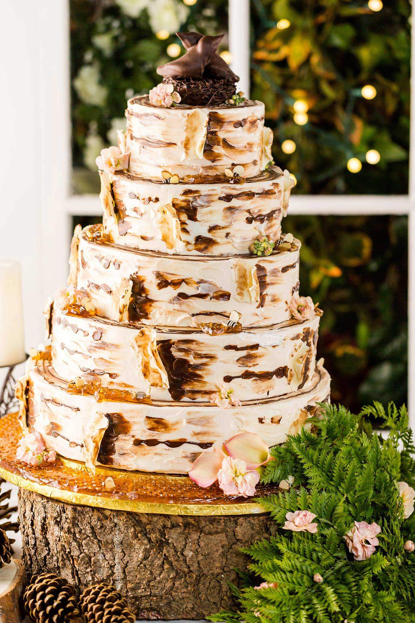 Hochzeitstorte rustikal