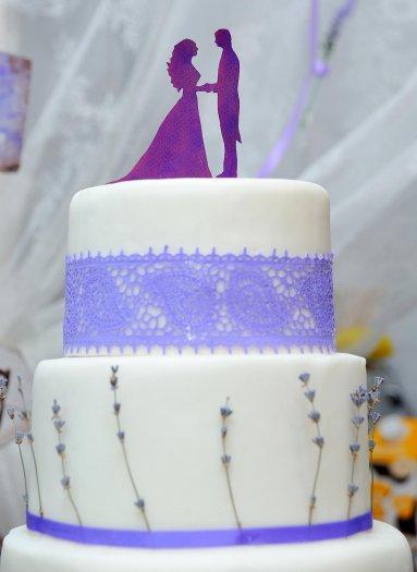 Hochzeitstorte Violett Viele Schone Ideen In Der Bildergalerie