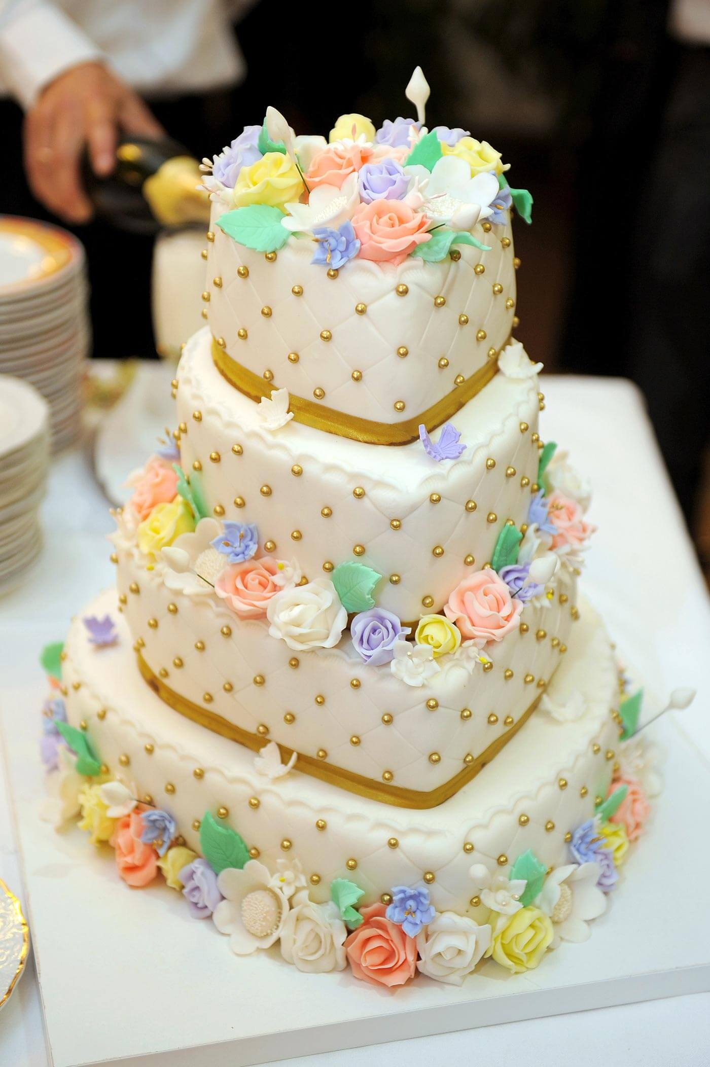 Elegant Wedding Fondant Cakes
