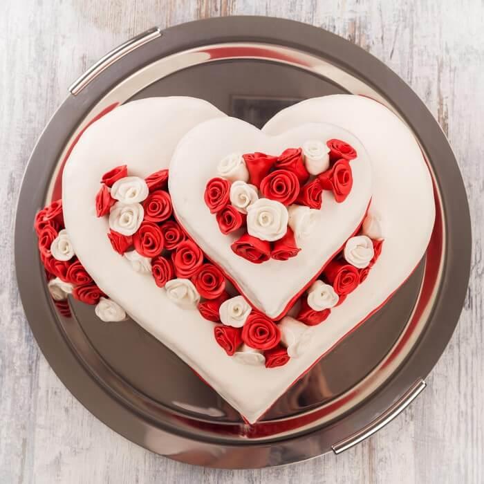 Hochzeitstorten in Herzform