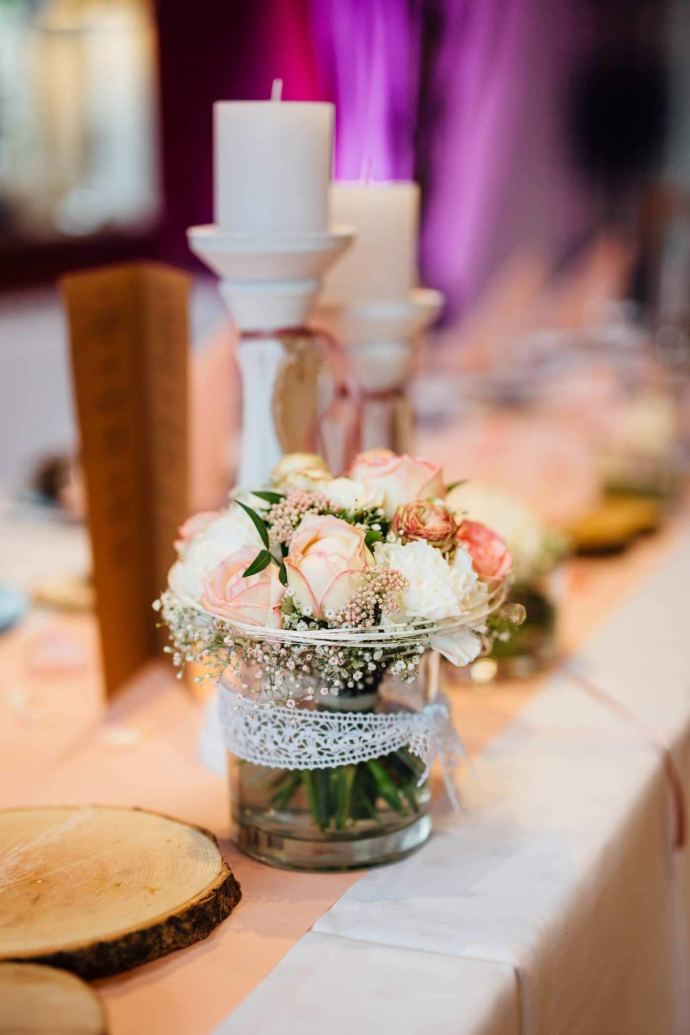 Hochzeitsdeko in rosa bildergalerie mit vielen ideen for Rosa tischdeko