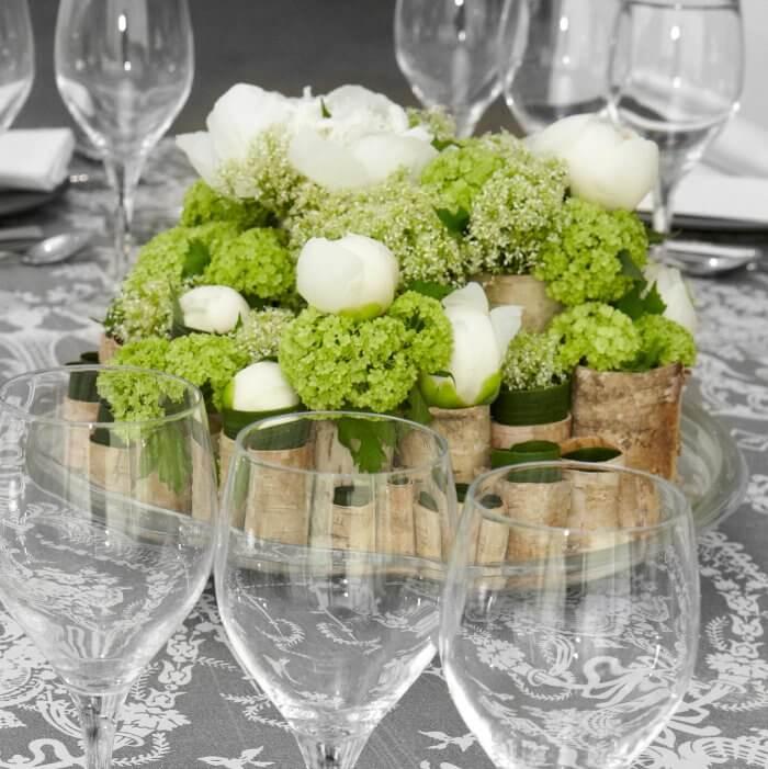 Hochzeitsdeko in Gruen Weiss