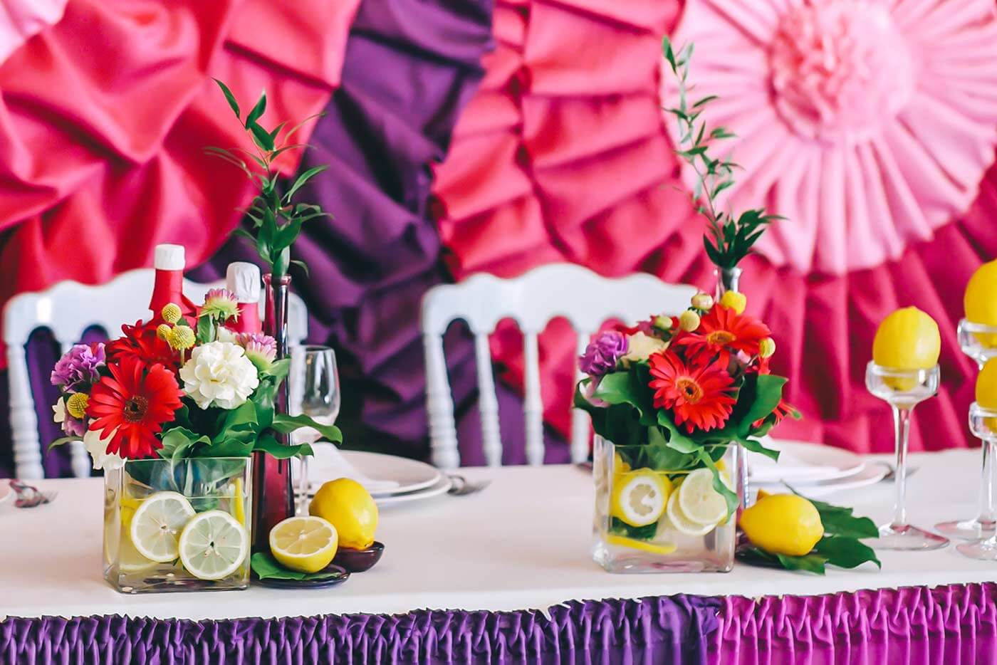 Tischdeko mit Zitronen