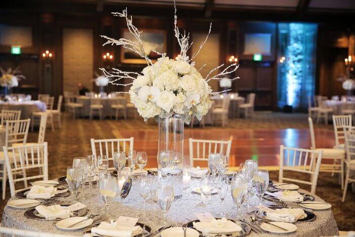 Tischdeko Fur Runde Tische Hochzeit Mehr Ideen In Der Bildergalerie