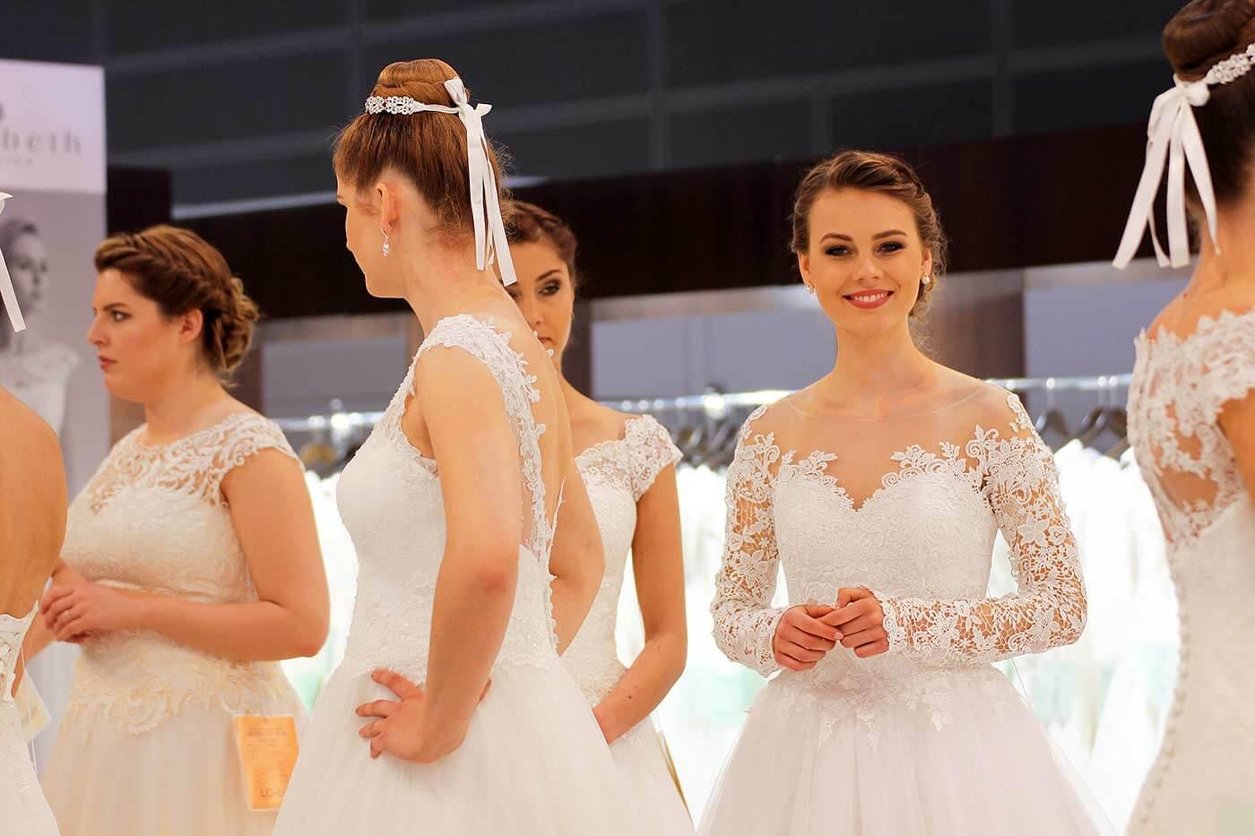 Brautkleider 2018 Trends - Inspirationen in Spitze, Vintage & Boho