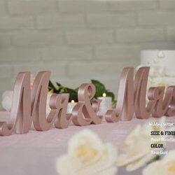 Mr & Mrs Deko Buchstaben